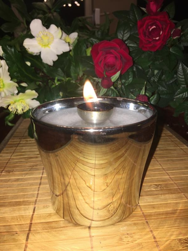 Silbernes ( Chromoptik ) Schmelzlicht ca. 1,1 kg auch Indoor