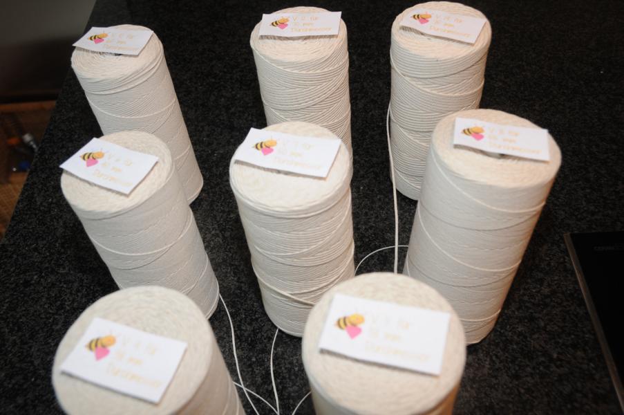 Spezial Flachdocht Docht für Teelichte, Gläser- und Votivkerzen und Stumpen V Serie von WEDO
