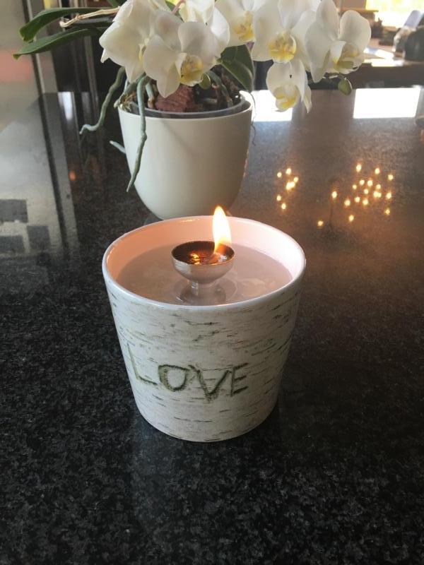 Weiß Graues Schmelzlicht mit Love ca. 1 kg auch Indoor