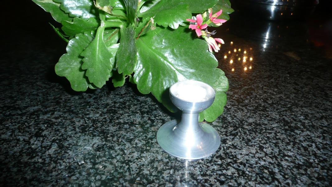 Hellgraues Schmelzlicht ca. 1,4 kg auch Indoor