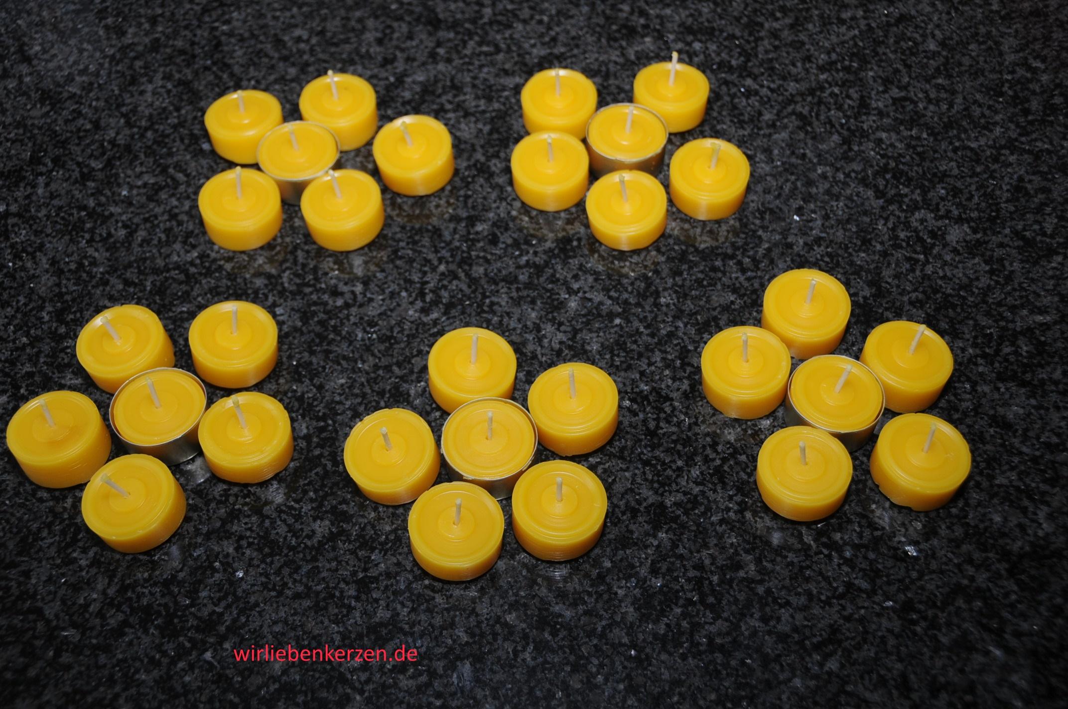 30 Teelichte 30 goldfarbene Hüllen 100% Bienenwachs